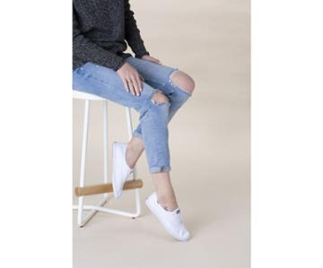 Keds Chillax Basics White, Size 10m Women Inchess Shoes