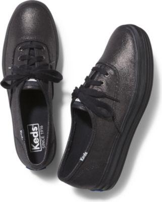 Keds Triple Metallic. Black Black, Size 5m Women Inchess Shoes