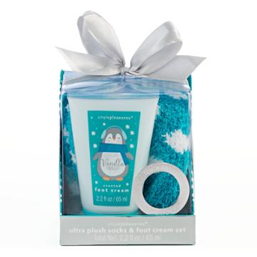 Simple Pleasures Ultra Plush Socks & Vanilla Frost Foot Cream Set, Multi