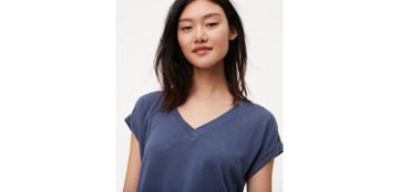 Loft V-neck Shirttail Tee
