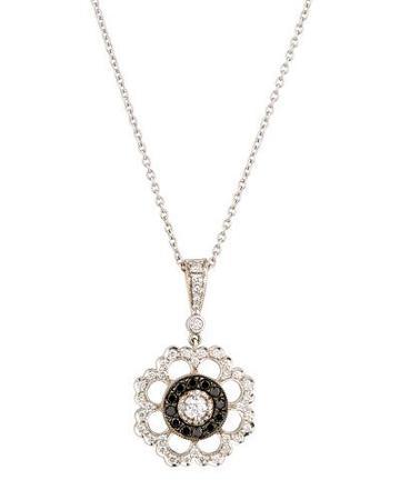 18k Black & White Diamond Scalloped Floral Pendant Necklace