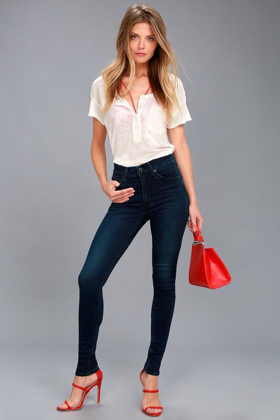 Levi's | Mile High Super Skinny Dark Wash Jeans | Size 27 | Blue | Lulus