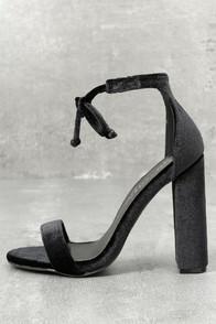 So Me Gracie Black Velvet Lace-up Heels