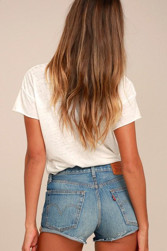 Levi's | 501 Medium Wash Denim Cutoff Shorts | Size 28 | Blue | 100% Cotton | Lulus