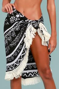 Lulus Mesmerize Me Black And Cream Print Beach Throw