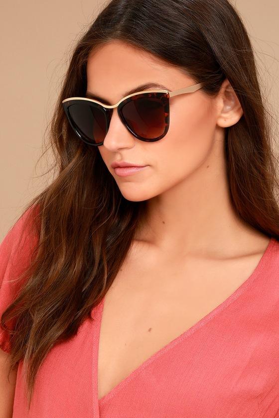 Lulus | Style First Tortoise Sunglasses | Brown