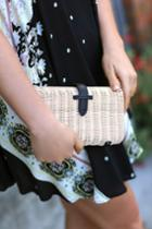 Nob Hill Beige And Black Woven Basket Clutch | Lulus