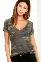Z Supply | At Attention Green Camo Print Tee | Size Large | Lulus