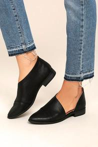 Qupid Karmen Black D'orsay Pointed Toe Booties