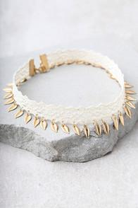 Lulus Feel The Wind Gold And Cream Lace Choker Necklace