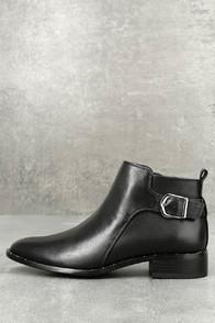Steve Madden Clio Black Leather Ankle Booties