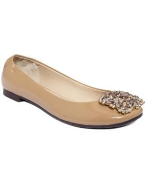 Adrienne Vittadini Sapphire Flats Women's Shoes