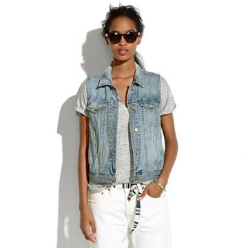 Madewell The Jean Vest In Clear Blue