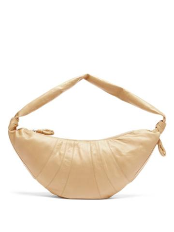 Matchesfashion.com Lemaire - Croissant Leather Belt Bag - Womens - Beige