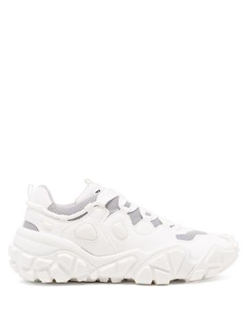 Matchesfashion.com Acne Studios - Bolzter Faux-suede And Mesh Trainers - Womens - White
