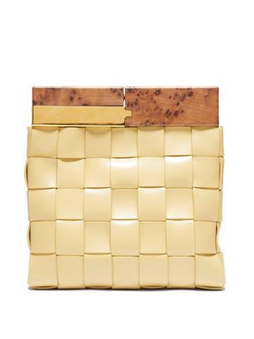 Matchesfashion.com Bottega Veneta - Bv Snap Leather And Wood Clutch Bag - Womens - Beige