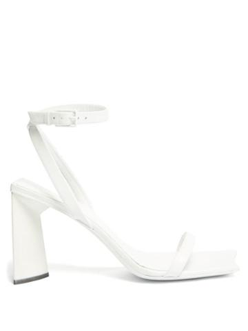 Matchesfashion.com Balenciaga - Moon Square-toe Leather Sandals - Womens - White