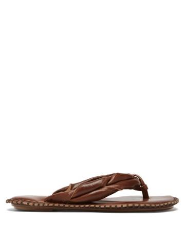 Matchesfashion.com Acne Studios - Twisted Leather Flip Flops - Womens - Brown