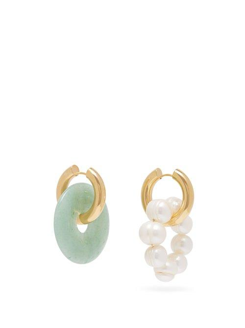Matchesfashion.com Timeless Pearly - Mismatched Quartz & Pearl Hoop Earrings - Womens - Green