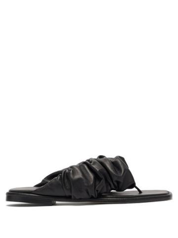 Matchesfashion.com Hereu - Nuvola Ruched-strap Leather Flip Flops - Womens - Black