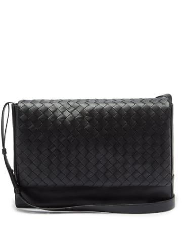 Matchesfashion.com Bottega Veneta - Intrecciato Medium Leather Messenger Bag - Mens - Black