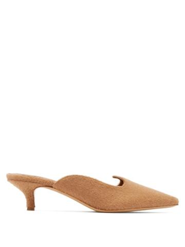 Matchesfashion.com Giuliva Heritage Collection - X Le Monde Beryl Camel Hair Kitten Heel Mules - Womens - Camel