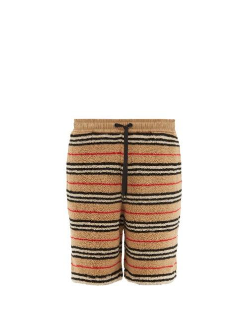 Matchesfashion.com Burberry - Holwell Icon Striped Fleece Basketball Shorts - Mens - Beige
