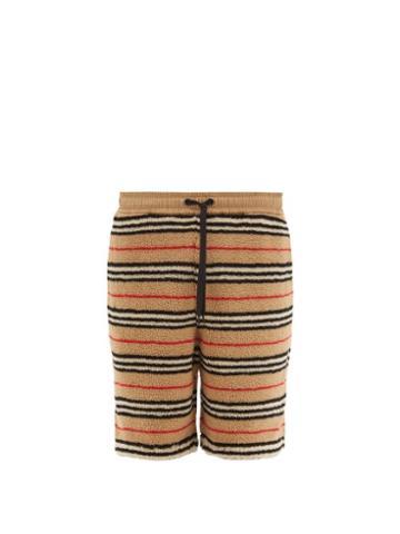 Matchesfashion.com Burberry - Holwell Icon Striped Fleece Basketball Shorts - Mens - Beige