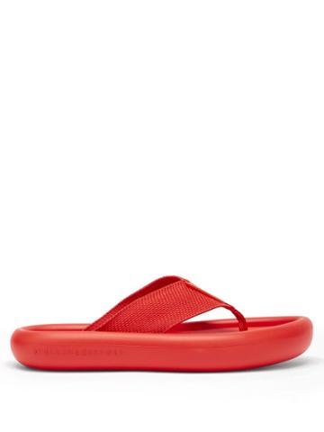 Matchesfashion.com Stella Mccartney - Logo-debossed Rubber Flatform Flip Flops - Womens - Red