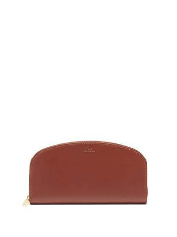 Matchesfashion.com A.p.c. - Half Moon Zip-around Leather Wallet - Womens - Tan