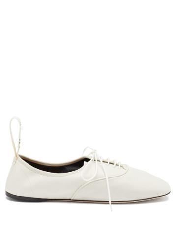 Matchesfashion.com Loewe - Logo-tab Leather Oxford Shoes - Womens - White