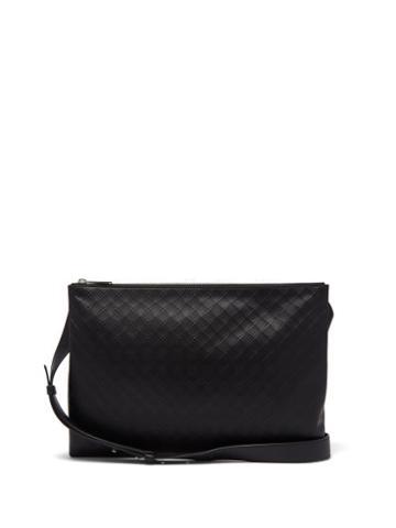 Matchesfashion.com Bottega Veneta - Intrecciato-embossed Leather Messenger Bag - Mens - Black