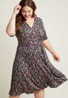Modcloth Sophisticated In Seconds Floral Wrap Dress In 1x