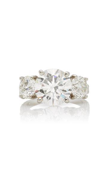 Moda Operandi Oscar Heyman One Of A Kind Platinum Round Diamond Three Stone Ring