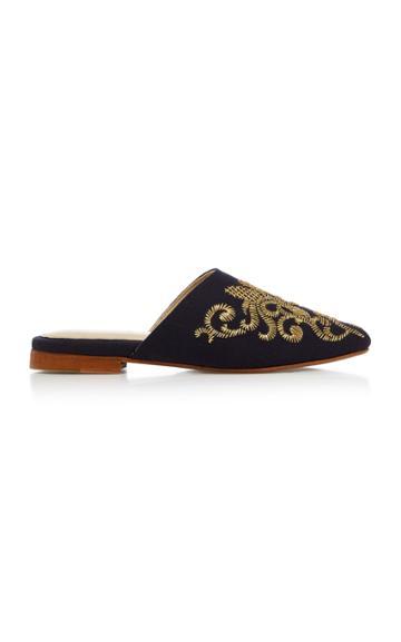 Zyne Royal Slipper