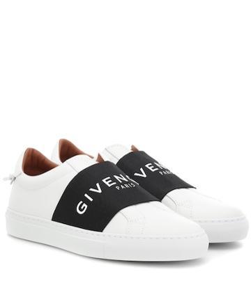 Nike Urban Street Leather Sneakers