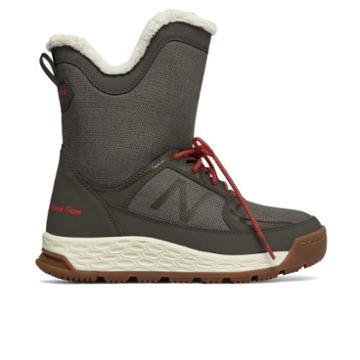 New Balance Fresh Foam 2100 Boot Women's Boots - Green/red (bw2100or)
