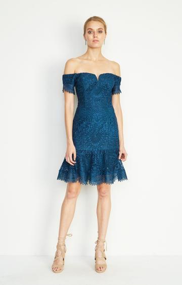 Nicole Miller Oscar Scalloped Lace Dress