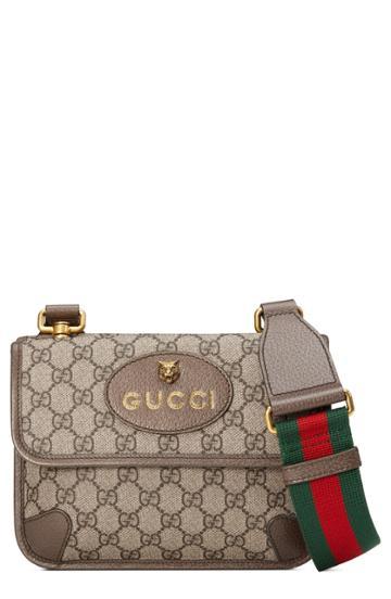 Gucci Small Gg Supreme Canvas Messenger Bag - Beige