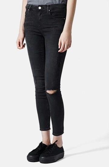 Women's Topshop Moto 'leigh' Ripped Skinny Jeans (black) Black Size