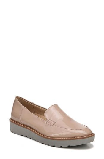 Women's Naturalizer Andie Loafer