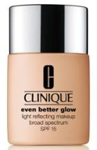 Clinique Even Better Glow Light Reflecting Makeup Broad Spectrum Spf 15 - Biscuit