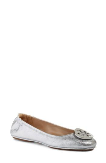 Women's Tory Burch 'minnie' Travel Ballet Flat With Logo M - Metallic