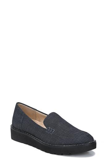 Women's Naturalizer Andie Loafer .5 M - Blue