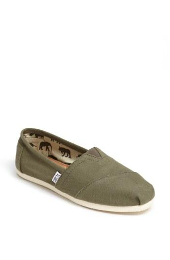 Women's Toms Classic Canvas Slip-on .5 M - Green