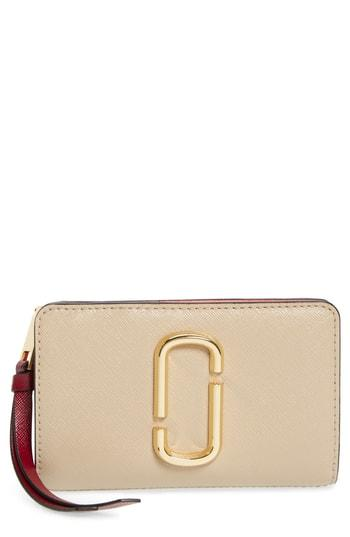 Women's Marc Jacobs Snapshot Compact Leather Wallet - Beige