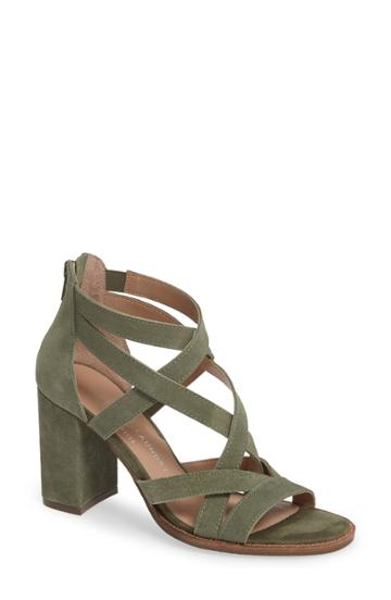 Women's Chinese Laundry Shawnee Strappy Sandal M - Green