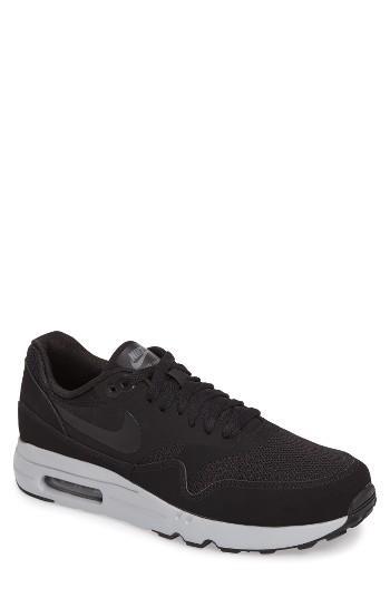 Men's Nike Air Max 1 Ultra 2.0 Essential Sneaker M - Black