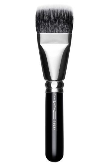 Mac 197 Short Handle Duo Fibre Square Brush