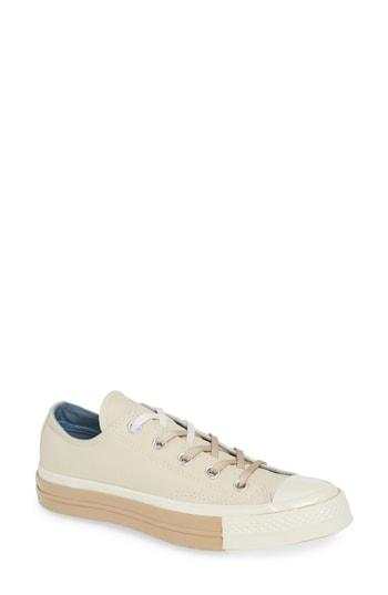 Women's Converse Chuck Taylor All Star 70 Colorblock Low Top Sneaker M - Ivory